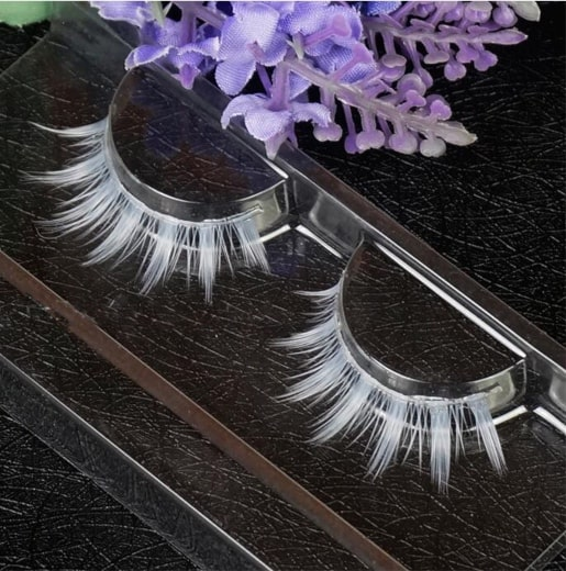 False eyelashes on AliExpress