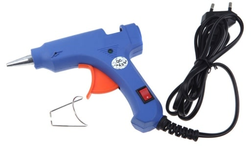 A glue gun for an online store selling cosplay goods