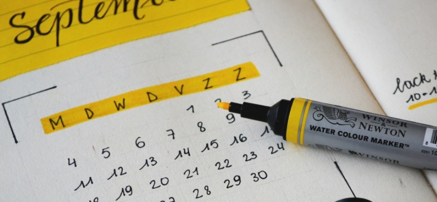 a picture showing the calendar that is essential to run holiday advertising