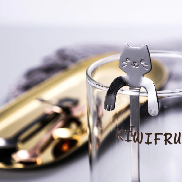 Photo of a cute cat-shaped coffee spoon